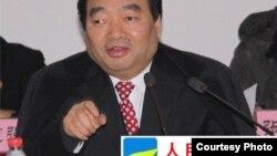 民间网站爆料导致原中共重庆市北碚区委书记雷政富下台(图片来源:人民监督网)