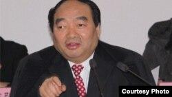 中共重庆市北碚区委书记雷政富(正厅级)图片来源:人民监督网