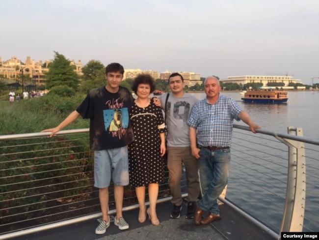 澳籍维族人想回新疆探监:中国政府把我的心弄死了(图)