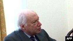 Ndërmjetësuesi për çështjen e emrit të Maqedonisë, për vizitë në Shkup