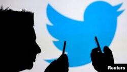 La noticia se produce una semana después de que Twitter dio a conocer sus planes para una IPO de mil millones de dólares.