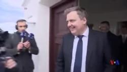 冰島總理表示他不辭職,只是暫時讓位
