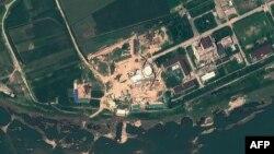Pusat Riset Nuklir Yongbyon di Korea Utara (Foto: dok - AFP photo/GeoEye Satellite Image)
