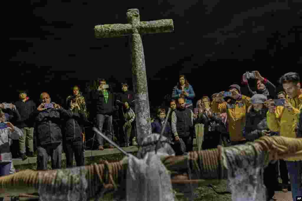 بخشی از مراسم«آدینه نیک» روز منسوب به مصلوب شدن حضرت مسیح در اسپانیا.