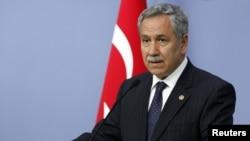 Wakil PM Bulent Arinc mengatakan Angkatan Bersenjata Turki akan membantu memulihkan ketertiban dari demonstrasi, jika polisi tidak mampu mengatasinya (foto: dok).