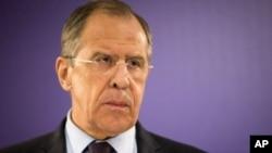 El canciller Sergei Lavrov dijo que Moscú no pretende agredir a Ucrania con las tropas que ha acantonado en la frontera