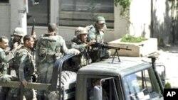 شام: سیکیورٹی فورسز کا سیاسی کارٹونسٹ پرحملہ