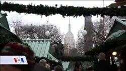 NEW YORK: U centru za božićne dekoracije