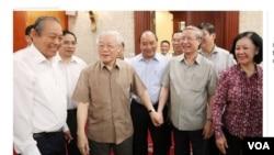 Ông Nguyễn Phú Trọng tái xuất hiện ngày 21 tháng Sáu. (Hình: Trích xuất từ VnExpress.net)