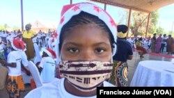 Maria Aida, 13 anos de idade, natural do distrito de Mocimboa da Praia, vítima de terrorismo