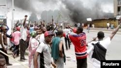 L'opposition congolaise proteste dans les rues de Kinshasa pour pousser vers la sortie Joseph Kabila, à Kinshasa, RDC, le 19 septembre 2016.