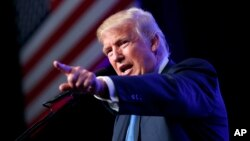 """Trump pidió reconocimiento por haber dicho las cosas por su nombre, al referirse a una """"bomba"""" antes de que nadie más lo hiciera."""