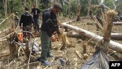 Lực lượng Philippines tìm xác các thủ lãnh nhóm khủng bố Abu Sayyaf va Jemaah Islamiyah, có liên quan với tổ chức khủng bố al-Qaida, được biết đã bị thiệt mạng