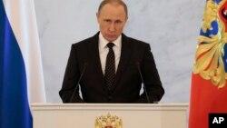 俄罗斯总统普京周四在莫斯科发表年度国情咨文讲话。(2015年12月3日)