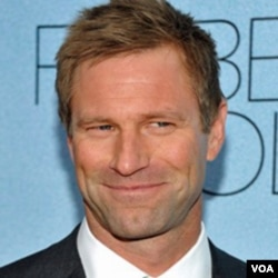 Actor Aaron Eckhart attends the premiere of 'Rabbit Hole' at the Paris Theatre on Thursday, Dec. 2, 2010 in New York. (AP Photo/Evan Agostini)