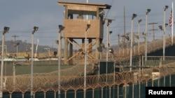 Trung tâm giam giữ của quân đội Mỹ tại Vịnh Guantanamo, Cuba.