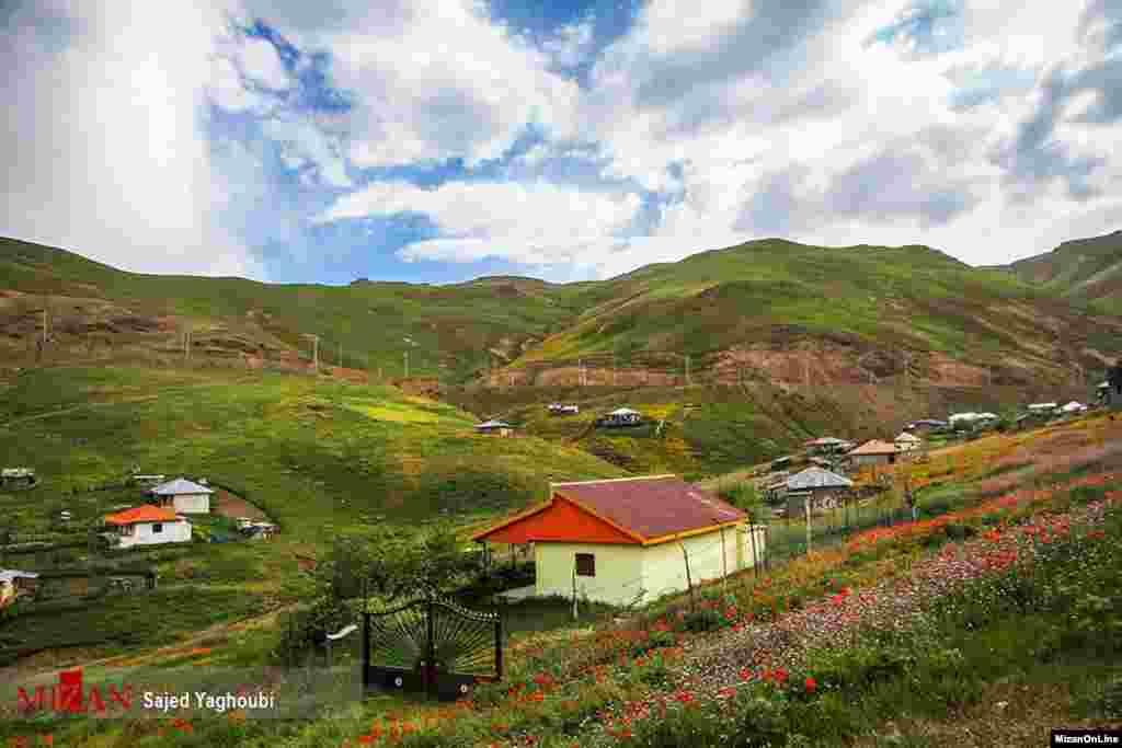طبیعت بهاری مسیر اسالم به خلخال عکس: ساجد یعقوبی