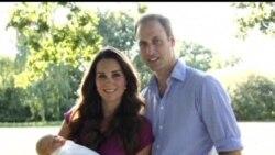 2013-08-20 美國之音視頻新聞: 英國公佈劍橋公爵夫婦與兒子的官方照片