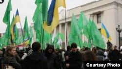 """3 ноября, Киев, митинг сторонников Геннадия Корбана, лидера """"УКРОПа"""" у здания Верховной Рады"""