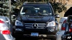 Mercedes Benz dice que fabricará SUV eléctricos en su planta en Alabama, EE.UU. dentro de tres años.