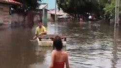 南美洲洪水將至數十萬民眾被迫撤離
