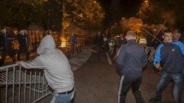 Ambasada e SHBA-së në Mal të Zi dënon dhunën në protesta