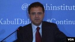 پاکستان میں افغانستان کے سفیر حضرت عمر زخیلوال