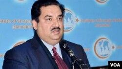 پاکستان کے وزیر دفاع خرم دستگیر۔ فائل فوٹو