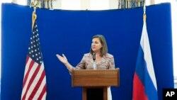 Вікторія Нуланд під час прес-конференції у Москві 18 травня 2015 року