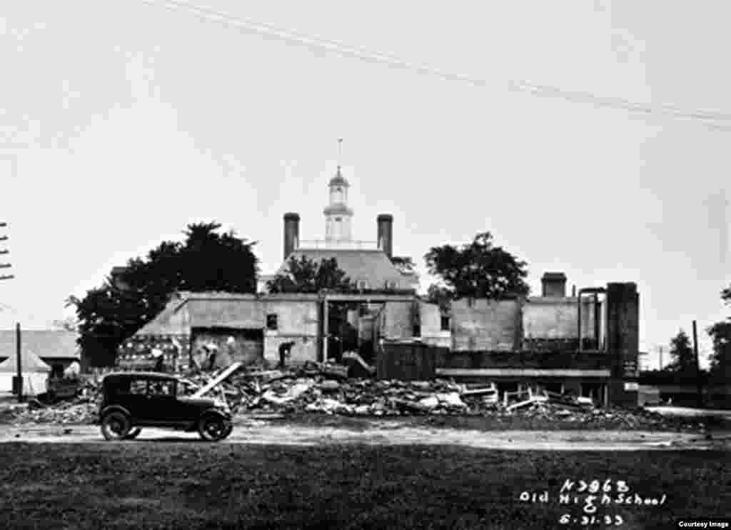A school was demolished to make way for the reconstruction of the Governor's Palace in the early 1930s. (Photo courtesy The Colonial Williamsburg Foundation)