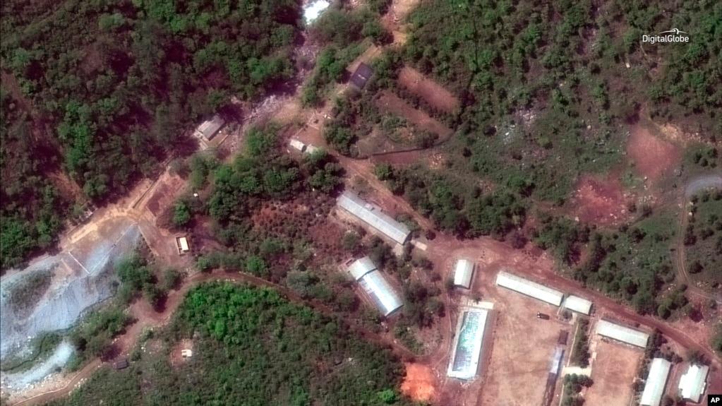 由DigitalGlobe提供的2018年5月23日衛星圖像,顯示了朝鮮的豐溪里試驗場。