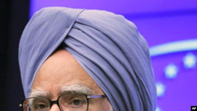 Indian Prime Minister Manmohan Singh (File)