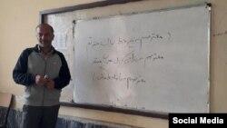هوشنگ کوشکی از فعالان صنفی معلمان استان لرستان