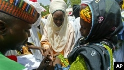 Shugabannin al'umma, ma'aikatan lafiya, malaman addinin Islama da masu fama da Polio su na aikin rigakafi ga yara a Najeriya