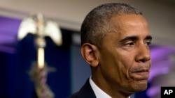 23일 바락 오바마 미국 대통령이 백악관에서 대법원의 이민 개혁 기각 판결에 대한 성명을 발표하고 있다.