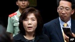 Đặc sứ Bắc Hàn Choe Son Hui.