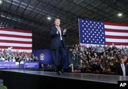 Predsjednik Donald Trump na političkom mitingu u Michiganu 28. aprila 2018.