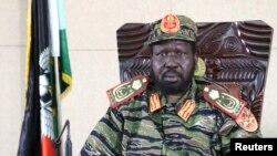 2013年12月16日,南苏丹总统萨尔瓦·基尔·马亚尔迪特在首都朱巴的总统办公室宣布戒严。