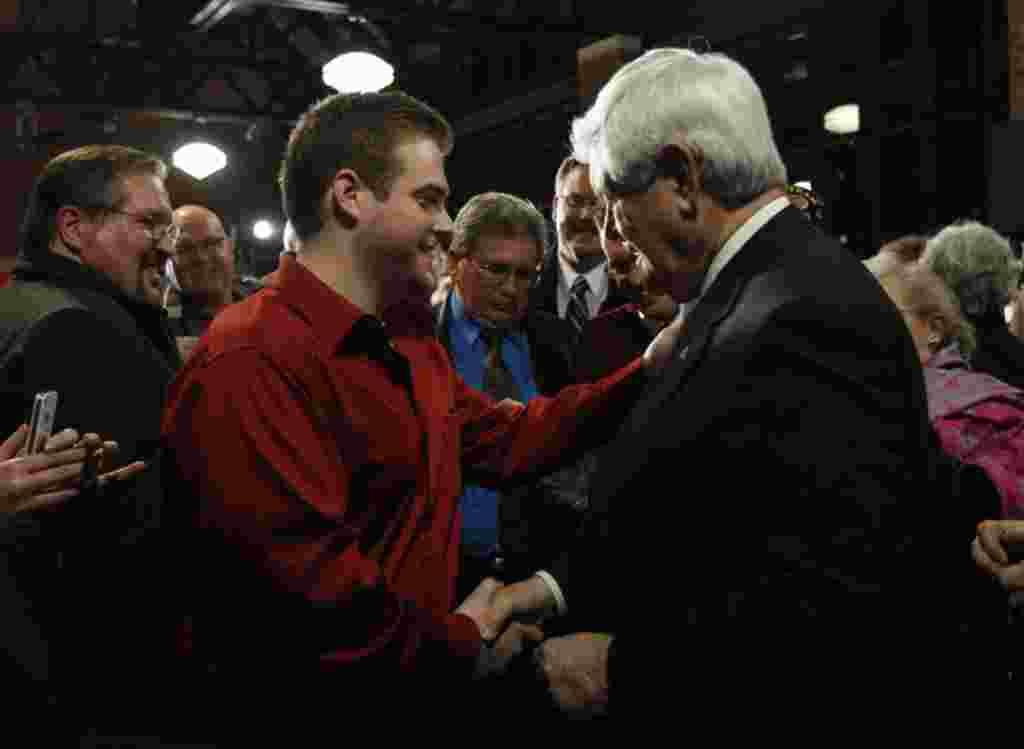 """Newt Gingrich ha perdido """"momentum"""" y ni siquiera aparece como favorito en los estados que faltan."""