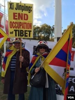 英国西藏社中国领导人来访示威从不缺席(江静玲摄影).jpg
