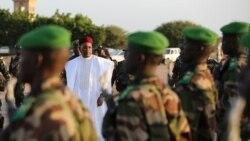 Le président Mahamadou Issoufou rencontre les chefs touareg