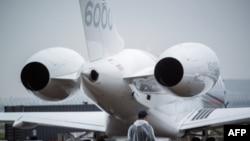 Un avion biréacteur Bombardier Global 6000 comme celui de la famille d'hommes d'affaires Gupta, au cœur des scandales de corruption impliquant l'ancien président sud-africain Jacob Zuma, lors d'une exhibition a Shanghai, Chine, 11 avril 2017.