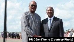 Rencontre entre les presidents du Burkina Faso et de la Cote d'Ivoire.