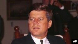 Predsednik Džon Kenedi je imao 46 godina kada je 22. novembra 1963. ubijen u Dalasu.