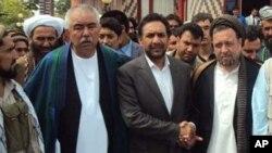 احمد ضیاء مسعود و حاجی محمد محقق نظام متمرکز را مسبب تمام مشکلات افغانستان میدانند