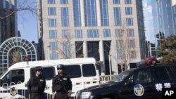 中国特警在北京王府井附近警戒