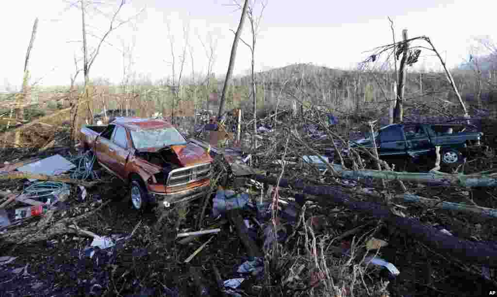 Amerika'nın Tennessee eyaletinde, yaşanan fırtınalar sonrası manzara