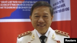 Bộ trưởng Công an Tô Lâm bị cáo buộc mượn chuyên cơ chính phủ Slovakia để đưa Trịnh Xuân Thanh về Việt Nam.