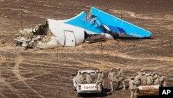 俄羅斯噴氣客機在埃及上空解體後墜毀的現場