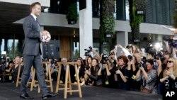 El jugador inglés, David Beckham, se mudó a Miami, junto a su familia, con el objetivo de fundar un equipo en la ciudad que los represente en la MLS.